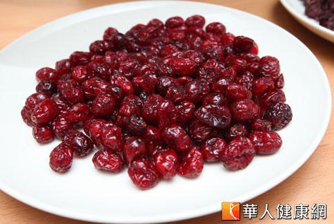 蔓越莓含有花青素,可促進視網膜中重要的色素體再生。(攝影/黃志文)