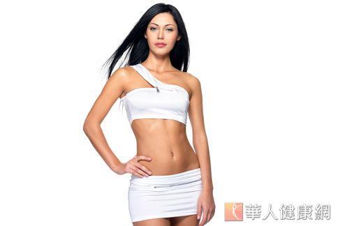 若要維持良好的健康狀態和體態,可優先從天然食物補充適量的雌激素。