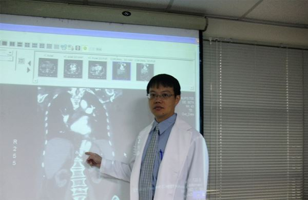 李志賢醫師表示,動脈瘤可在任何部位形成,尤其當動脈管壁薄弱時更容易發生。(圖片/ 童綜合醫院心臟外科醫師李志賢提供)