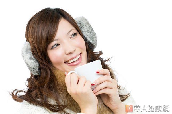 秋冬早晚溫差大,好發心臟疾病,中醫師提醒保暖維持良好的血液循環很重要。