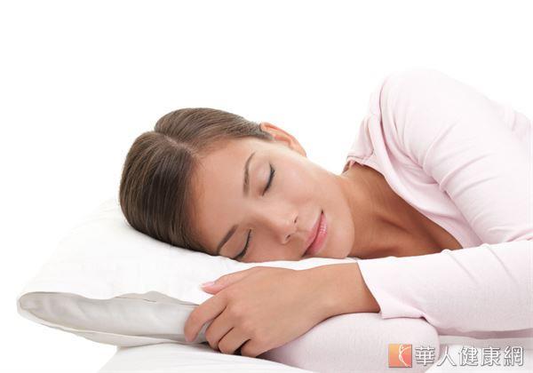 擁有正確睡姿,不但是影響睡眠品質的重要關鍵,更是遠離肩頸痠痛的不二法則。