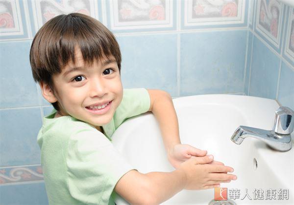 想要遠離病原、病菌的干擾,勤洗手非常重要的關鍵,也是孩童最容易執行的自我保護方式。