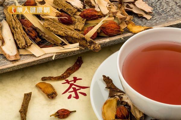 適度飲用補氣茶飲,不但可以調整體質,也能促進代謝,增進減重效果。