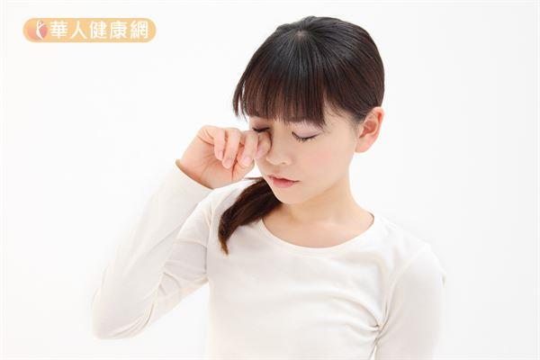 眼睛的感染性發炎以急性結膜炎較常見,非感染性的眼睛發炎,則包含過敏性結膜炎、虹彩炎等等。