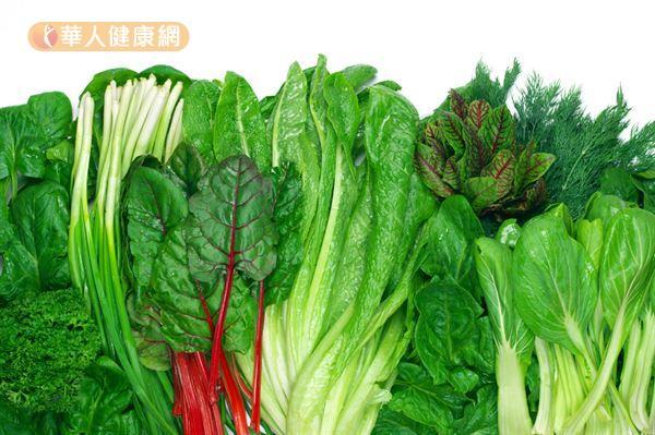 葉酸是維生素的一種,存在於綠葉蔬菜、肉類、牛奶、乳酪等飲食中。
