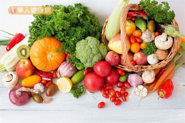 補充益生菌之外,平日也要均衡飲食、攝取充足的膳食纖維,才能維持腸道良好菌叢生態。