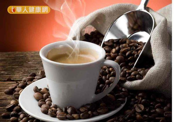 喝咖啡好處多,但藥師提醒,吃藥後千萬別馬上喝咖啡。