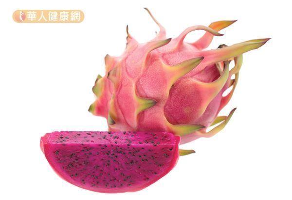 火龍果皮特有的甜菜紅素,在研究發現具有抑制癌細胞、抗發炎的效果。