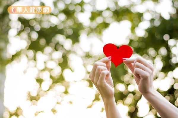 冬天低溫是心臟疾病的好發季節,但若因此在夏天忽略了心臟保健,小心心臟健康也會亮紅燈。