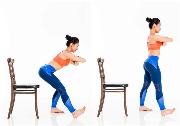 身體打直、往前傾倒,一隻腳伸直腳跟著地,另一隻腳踩穩地面,但重心放腳跟。(圖片/三采文化提供)