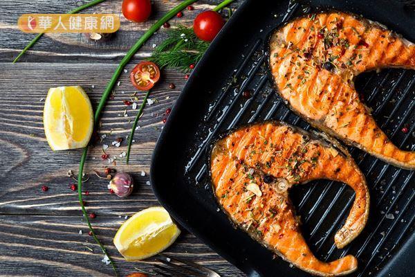 鮭魚也是抗發炎食物的代表之一。