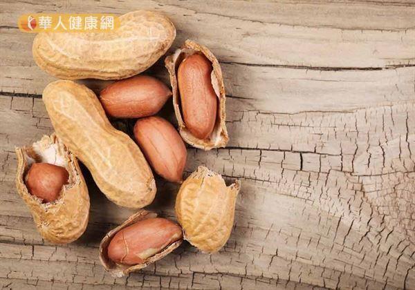 挑選花生有技巧,避免吃進黃麴毒素有要訣。