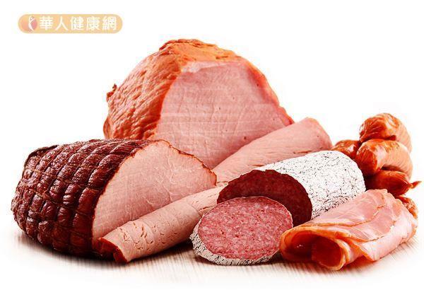 食品添加物有做為防腐劑的「己二烯酸」。