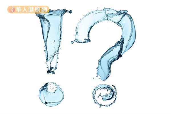 每個人的體型不同,預防腎結石的每日喝水量並非一致性的2000c.c.。