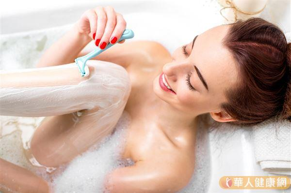 陰毛並不是毫無用處,而是為了保護我們的身體而長出來的,有利於身體健康。