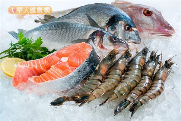 海鮮特別容易滋生腸炎弧菌、大腸桿菌等細菌,應注意保存溫度,烹調前也要充分洗淨。