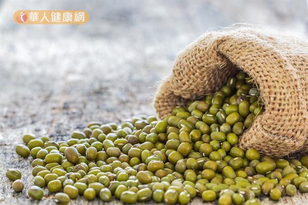站在中醫的角度,綠豆是一種食品,更是一味中藥。