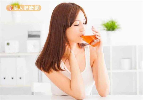 苦蕎裡富含多種營養價值,且泡成茶時茶湯呈金黃色澤,故又稱為「黃金蕎麥」。