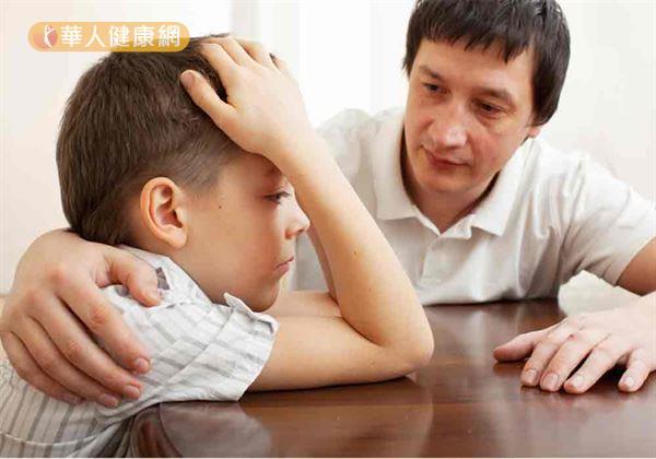 最後,葉雅馨主任也提醒,家有青少年的父母平日更因多加觀察孩子的身心理狀態,並適度與其溝通、談天。