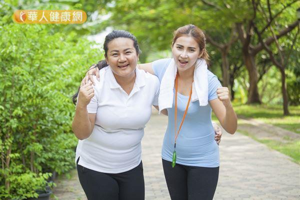 更年期是女性必經的人生階段,常見困擾除了熱潮紅、盜汗、陰道乾澀和失眠之外,還要小心骨鬆和和心血管疾病的隱憂。