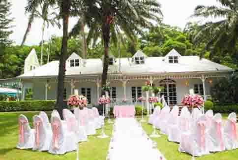 青青食尚花园会馆,主打欧式户外婚礼与台湾创意料理.
