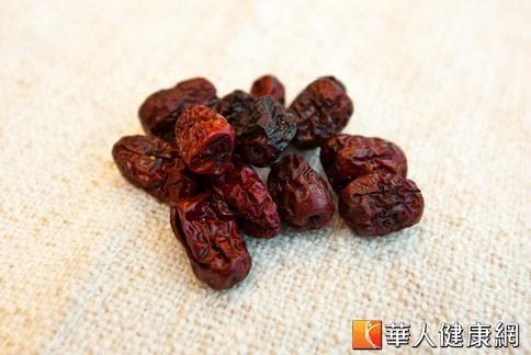 紅棗是女性養顏聖品,非常適合在秋天食用補血益氣。