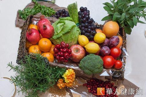 植物營養素儲存在多色蔬果中。(攝影/楊伯康)