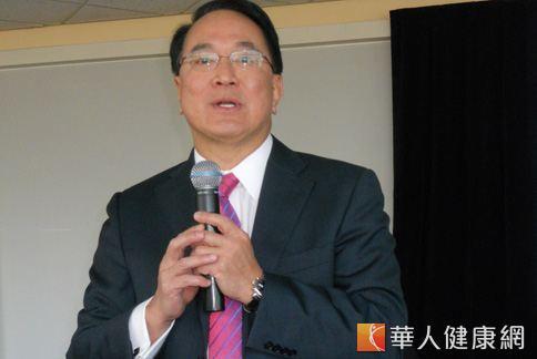 NU SKIN如新集團首席科研執行長兼執行副總裁曾潤海表示,現代人存有不少減重迷思。(攝影╱黃曼瑩)