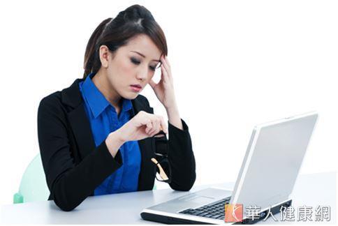 上班族工作壓力大、三餐作息又都不正常,最容易讓過敏找上門來。