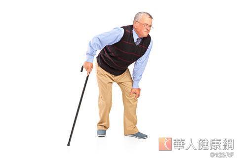 骨質疏鬆症是一種全身性骨骼病變的慢性疾病,年齡越大越嚴重。