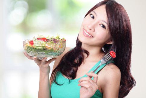 天然食材含有酵素和酵母,可促進腸道健康,幫助排除多餘宿便和油脂。