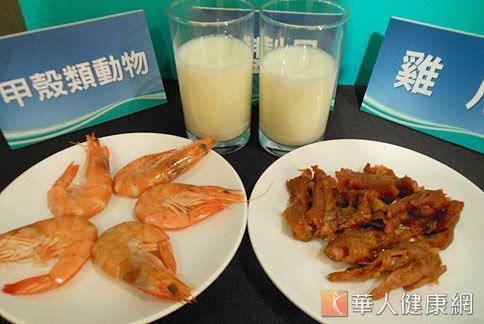 蝦蟹、牛奶和雞爪,分別含有葡萄糖胺、鈣質和膠質成分,是強化骨骼、保護關節的食物。(攝影/駱慧雯)