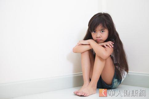 厭食症好發於青少年,其中女性發生率是男生的10倍。圖非新聞事件人物。