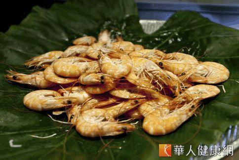 蝦子內含的蝦青素能提高脂肪被轉化成能量的比例,並幫助減重者在運動時增加脂肪燃燒。