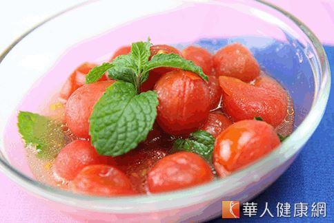 薄荷蜜番茄有助改善夏季頭痛問題。(攝影/江旻駿)
