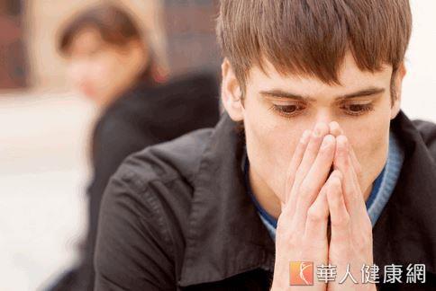 放臭屁不用再尷尬了!英國學者研究指出,臭屁裡含的微量硫化氫能活化粒腺體、維持細胞活性,降低罹患癌症、中風、心臟病、失智症等疾病風險。
