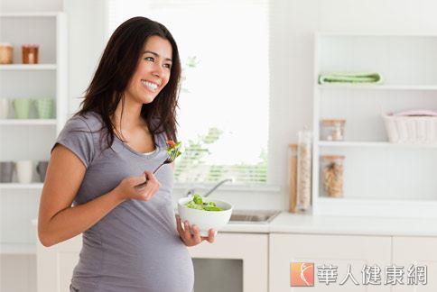 媽媽在飲食中若無適度補充,使體內EPA,DHA濃度降低,恐會使婦女罹患產前或產後憂鬱症機率提高。