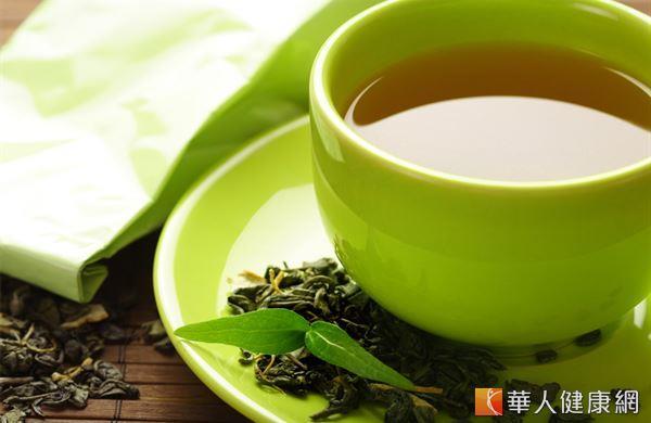 根據《美國臨床營養學期刊》的研究顯示,兒茶素有維持脂肪代謝、提升運動燃脂率的效用,能讓人瘦的更快。