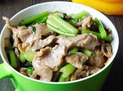 芹菜炒肉不僅美味好吃,更有助降低血壓。(圖片/39健康網提供)