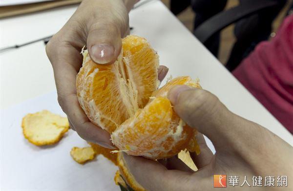 橘子一身是寶,除了多汁的果肉,橘子核經炮製加工可當作中藥,用於預防女性乳腺炎。