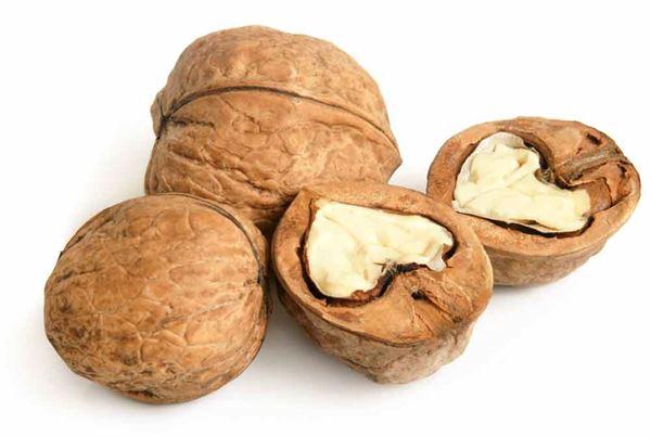 核桃含有多酚,也稱為「長壽果」,對健康好處多。
