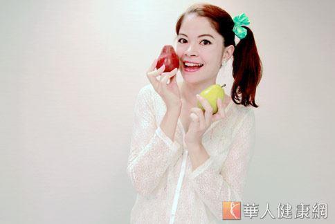 西洋梨品種多,不論是紅色西或是綠色,都深受女性消費者青睞。(圖片/華人健康網資料)