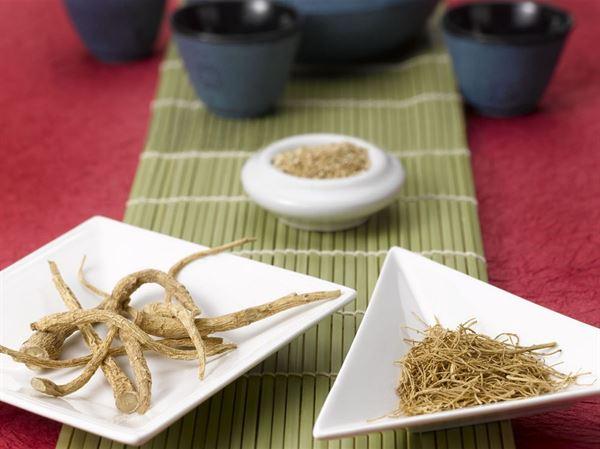 人蔘入菜有煮湯和蔘湯燴菜的方法,但蔘類的選用應視個人體質而有差異。(圖片提供/均記貿易公司)