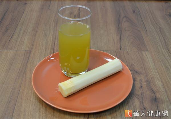 甘蔗汁中富含的糖份,有助補充血糖,增加孕婦體力。