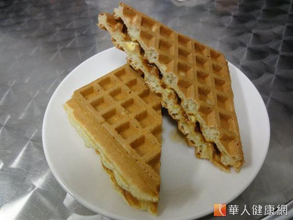 坊間酥炸或烘培食品等加工食品,普遍還有反式脂肪,經常攝取易傷健康。(圖片/華人健康網資料庫)