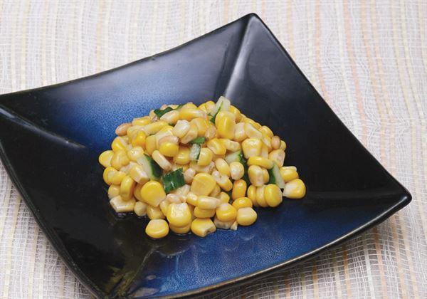 松子炒玉米,甜甜脆脆的玉米相當受幼兒的喜愛,不妨在家試著做個小孩吃。