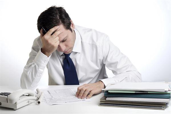 上班族工作壓力大,頭痛、焦慮、易怒等問題很容易悄悄找上門。