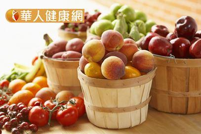 攝取正確的營養品效果優於吃大量水果。