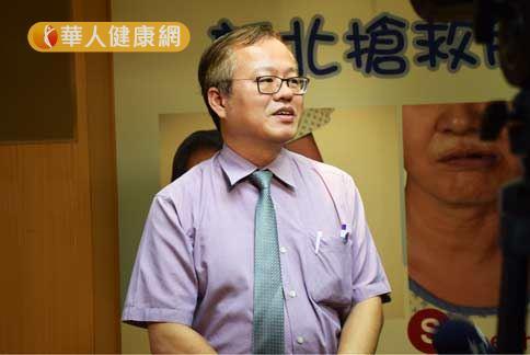 亞東蔡光超主任(如圖)提醒民眾,天氣轉涼,小心中風找上身。(攝影/記者張世傑)