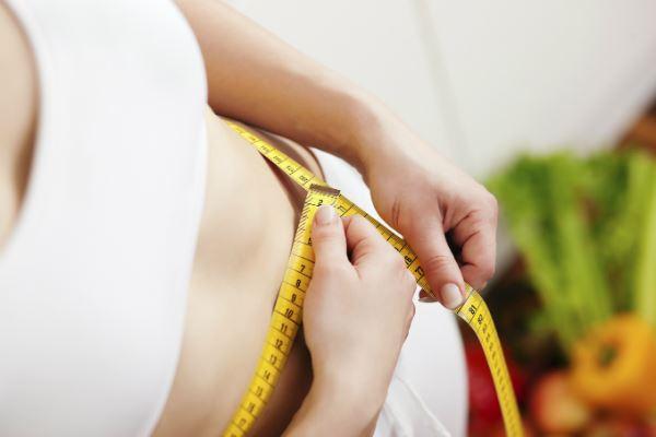 對於容易復胖者來說,需要採取有效的減重計畫,才不會等到冬天來到,穿上厚重大衣時,看起來更加臃腫!
